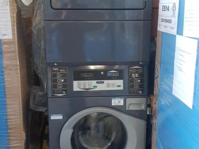 colonna pet lavatrice + asciugatrice a gas €3500 anche a noleggio