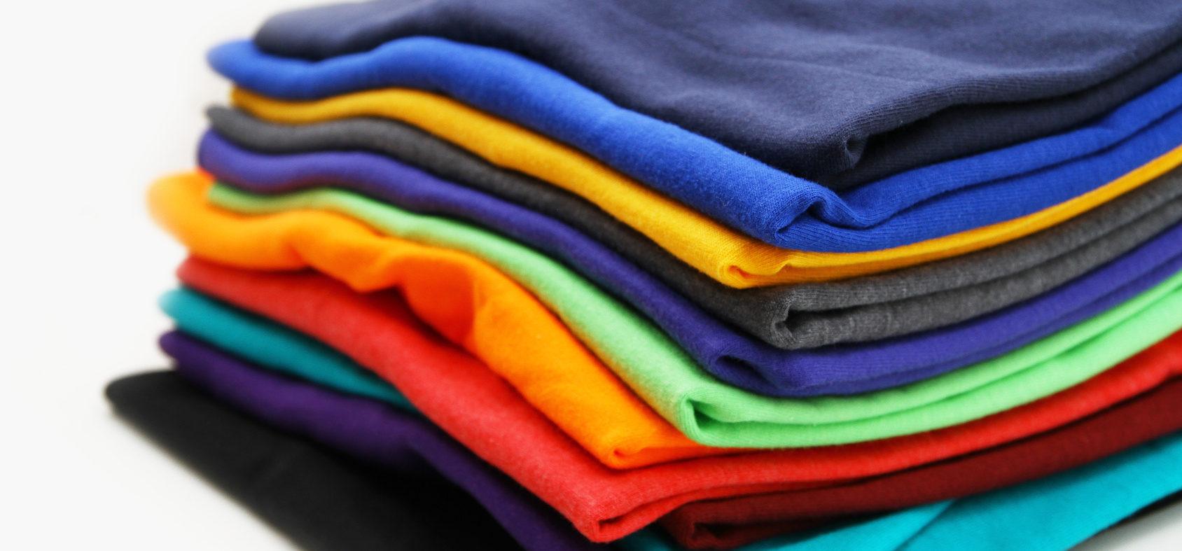 Consigli su come lavare tessuti colorati